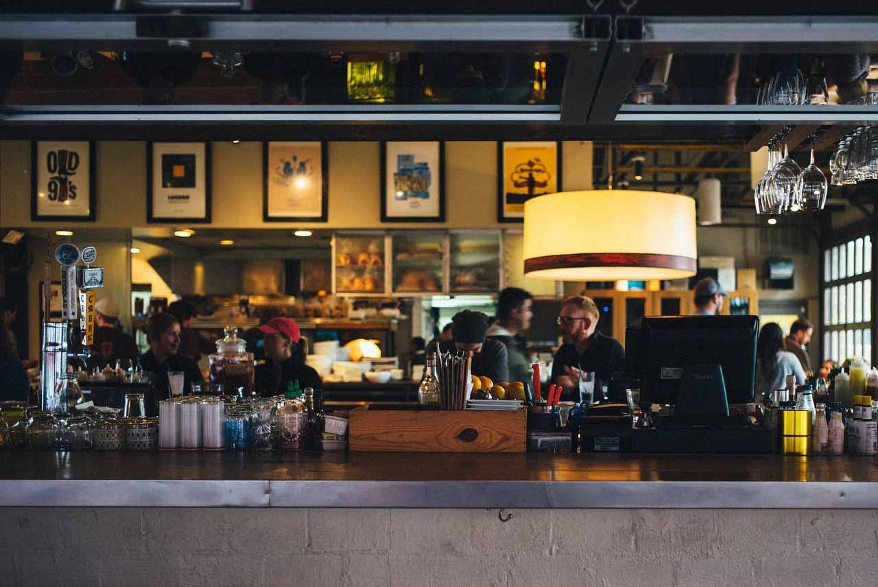 restaurant-690569_1280 copia